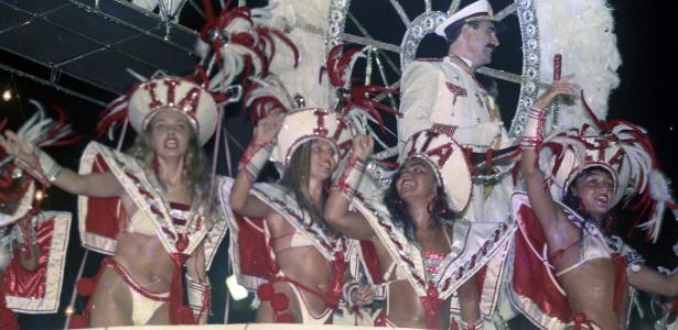 """Desfile do Salgueiro, no Rio, em 1993, com o enredo """"Peguei um Ita no Norte"""""""
